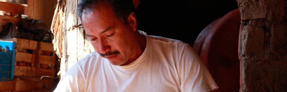 Nicolás Fabián. Barro bruñido. Santa Fe de la Laguna, Michoacán.