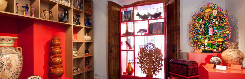 Tienda - librería en la Casa del Mayorazgo de la Canal. San Miguel de Allende, Guanajuato.